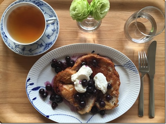 french toast with blueberry maple syrup (3)