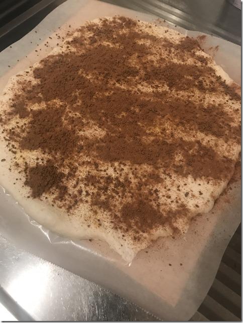 cinnamon rolls (12)