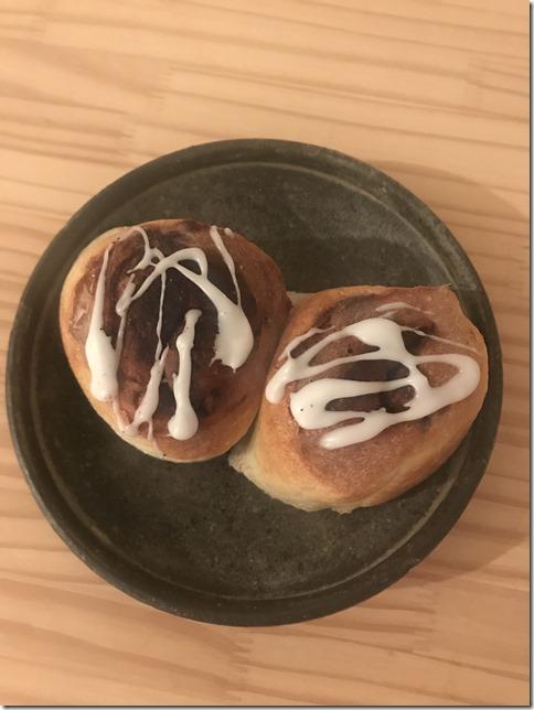 cinnamon rolls (18)