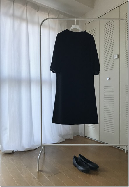 funeral outfit (1)