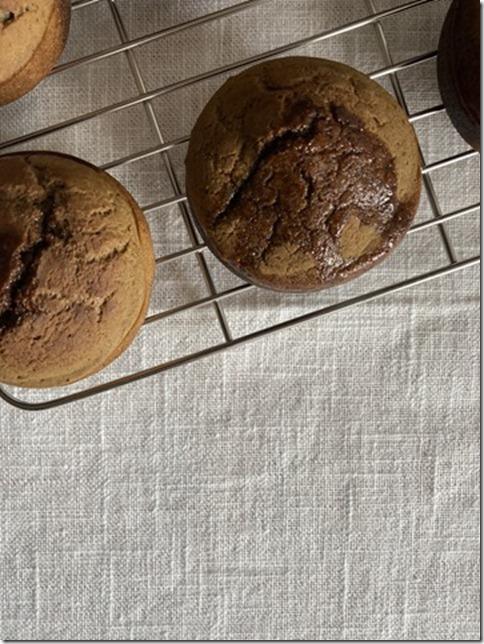 hojicha caramel mochi muffins (2)