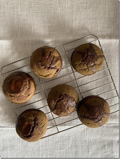 hojicha caramel mochi muffins (3)