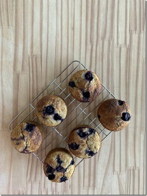 lemon banana blueberry muffins (1)